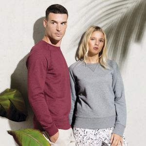 Kariban Unisex Organic cotton crew neck raglan sleeve sweatshirt.**10 days delivery period. Thumbnail